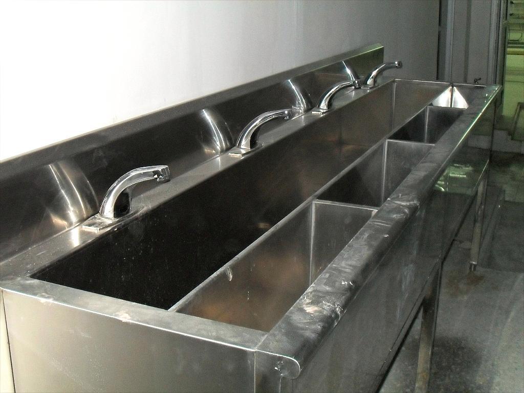 感應消毒洗手池